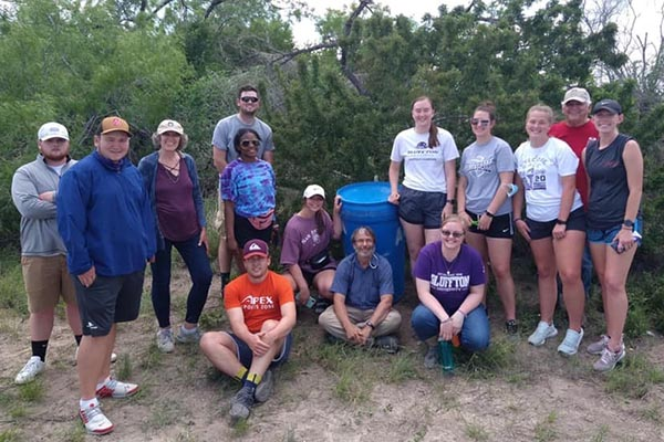 All cross cultural experiences include a service component. Students in the San Antonio/South Texas experience volunteered with the San Antonio Human Rights Center.